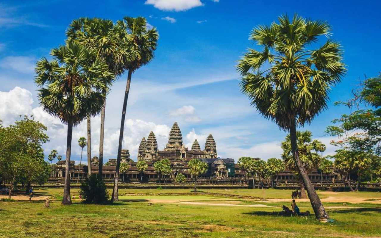 Myanmar y Angkor Wat