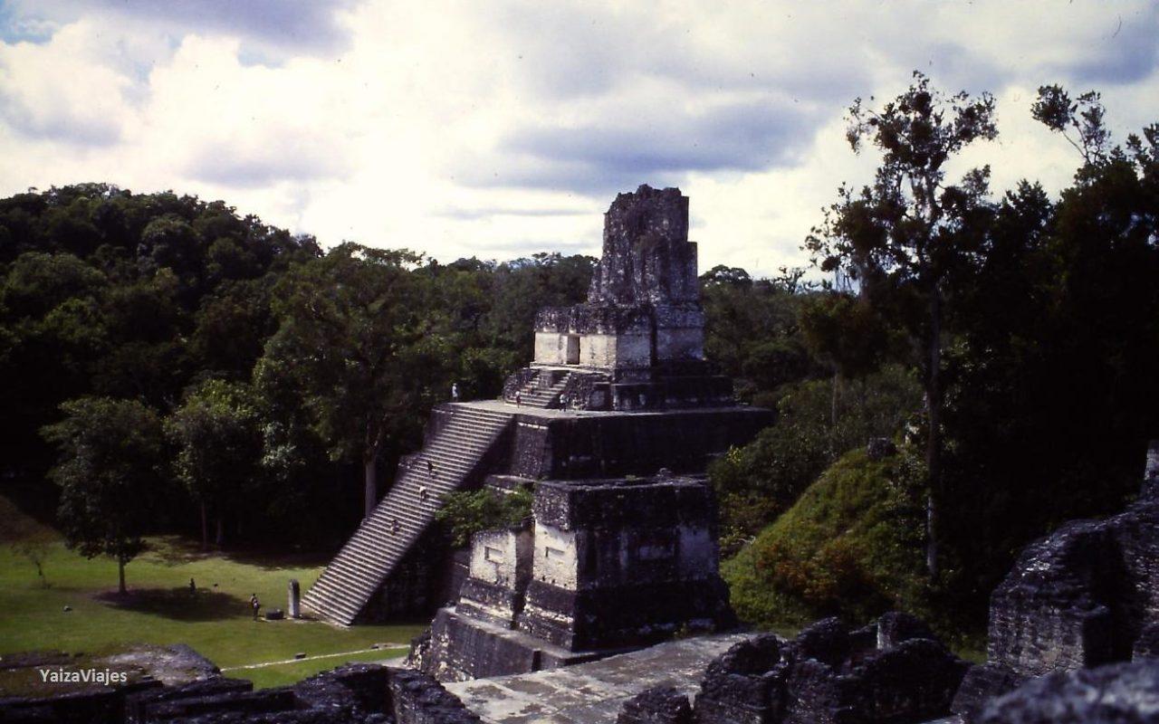 Tikal Grandes Viajes